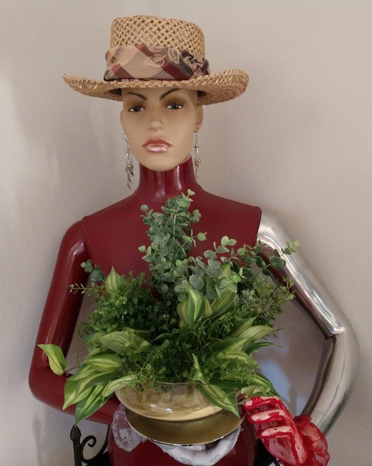 Prairie Art - Mannequin Planter